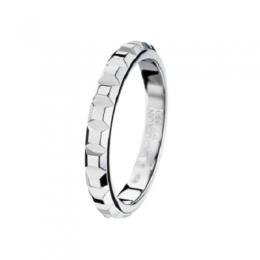 clou-de-paris-small-platinum-wedding-band-jal00109